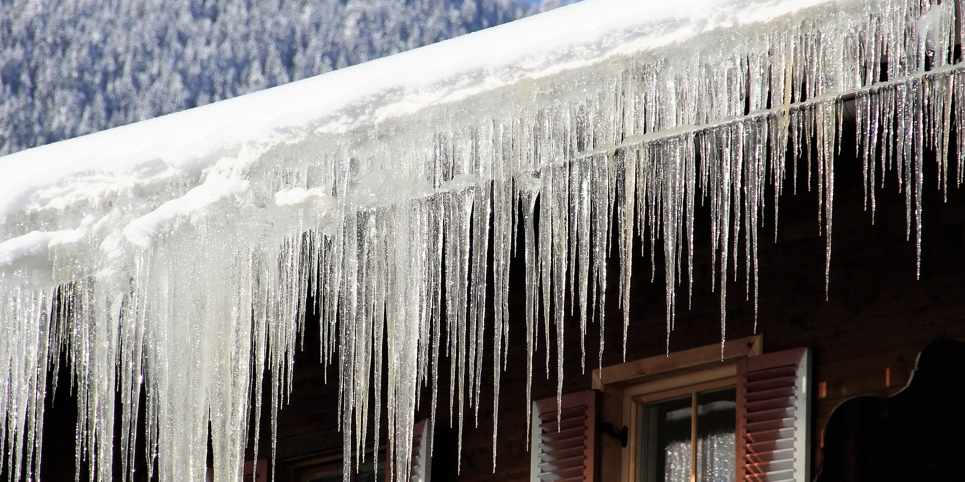 Prevent Gutter Damage From Ice Snow